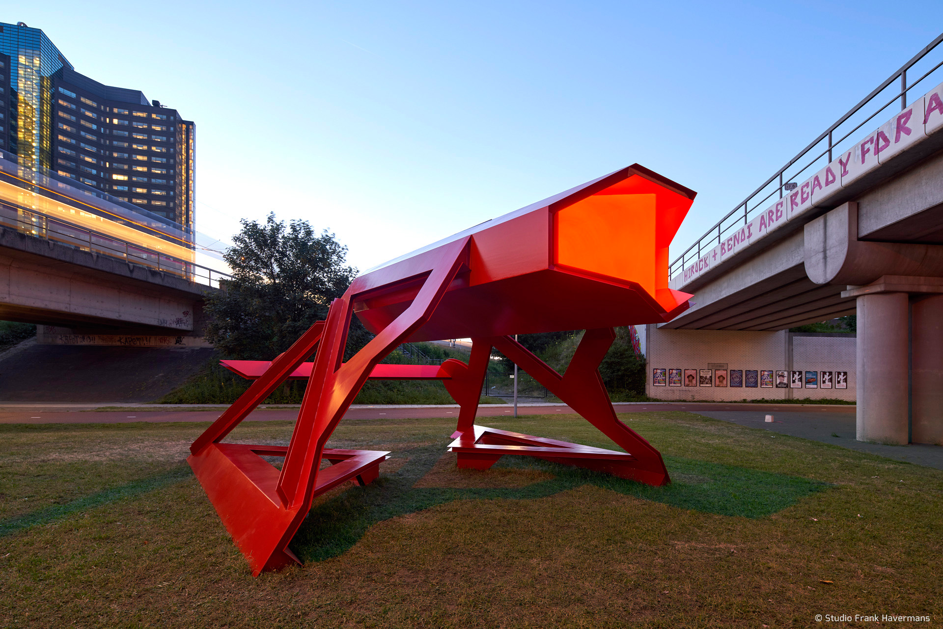 KAPKAR / GTO-B10 | Urban Surveyor